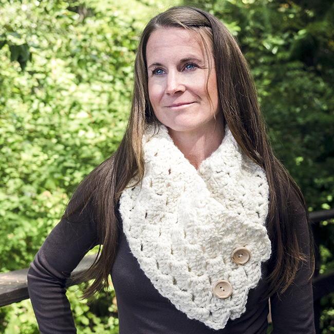 Cross Hatch Button Up Cowl Crochet Pattern Allfreecrochet