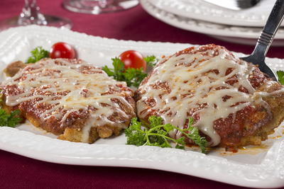 64 easy dinner recipes for two mrfood chicken parmesan for two forumfinder Images
