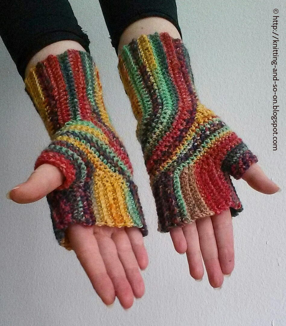 U-Turn Fingerless Mitts AllFreeCrochet.com