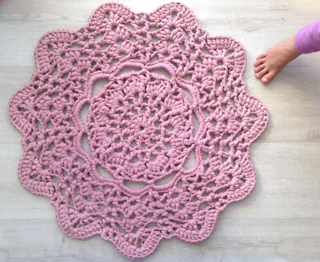 Lacy Doily T Shirt Yarn Rug Favecrafts