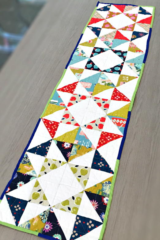 30 Free Table Runner Quilt Patterns And Table Topper Designs