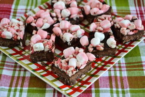 Christmas Candy Cane Fudge
