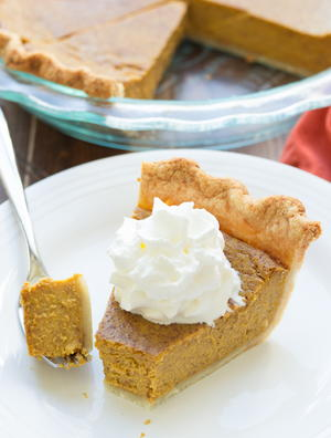 Classic Holiday Pumpkin Pie