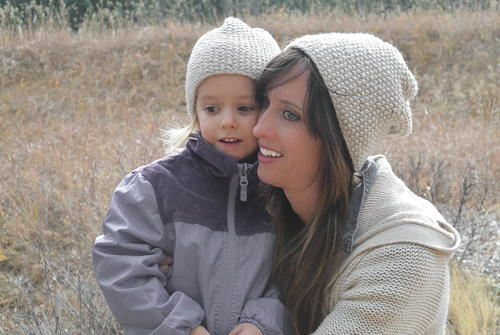 Mommy and Me Knit Hat Patterns | FaveCrafts.com