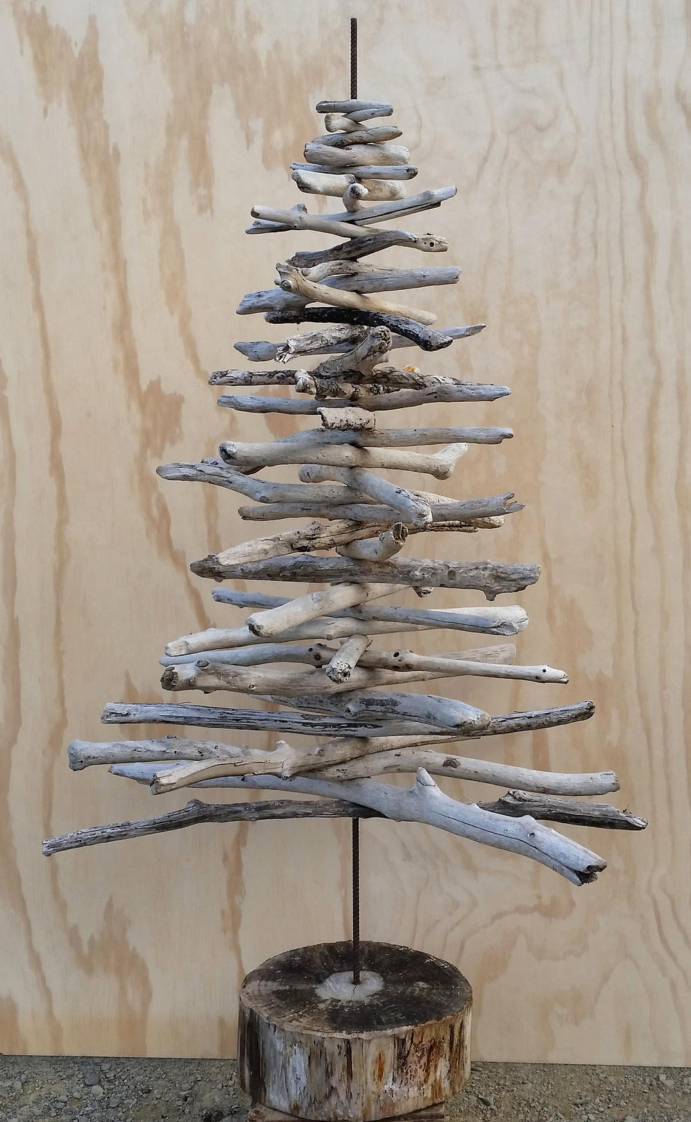 Driftwood christmas tree for Hanging driftwood christmas tree