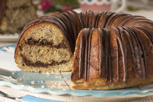 Banana Chocolate Swirl Cake
