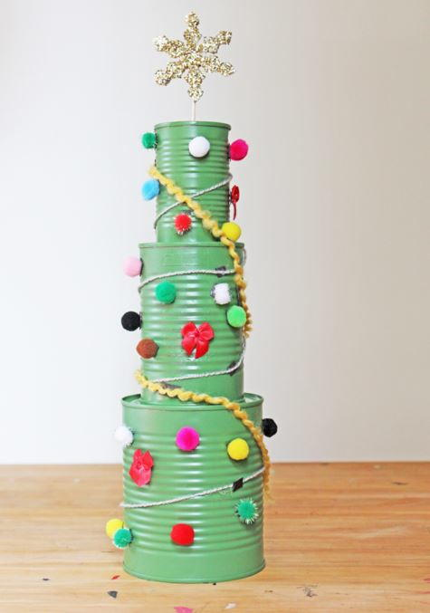 Tin can christmas tree for Large tin can crafts