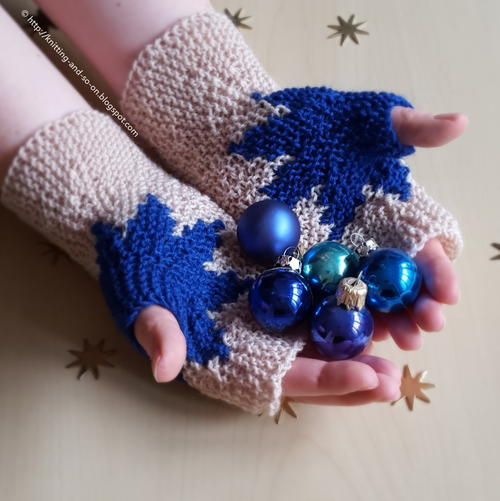 Christmas Star Fingerless Mitts_1