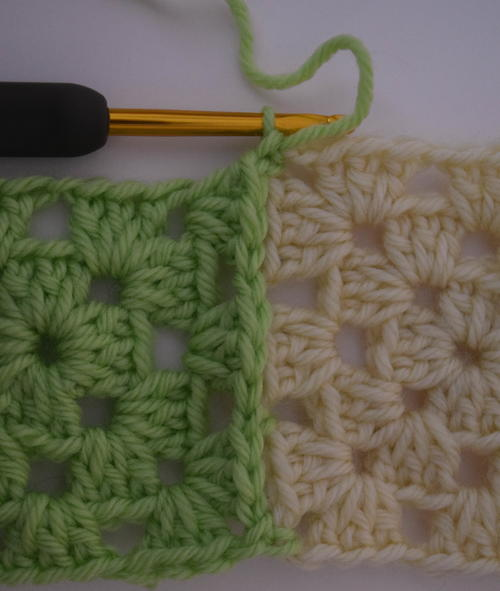 How to Connect Granny Squares with Join-As-You-Go
