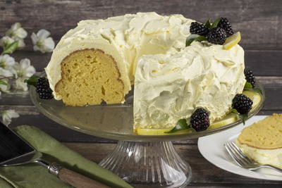 EDR Lemon Cake