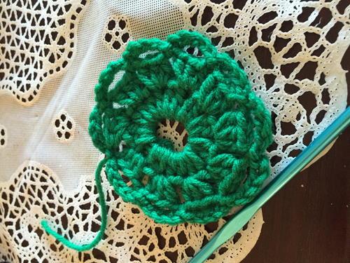 Christmas Wreath Pin | AllFreeCrochet.com