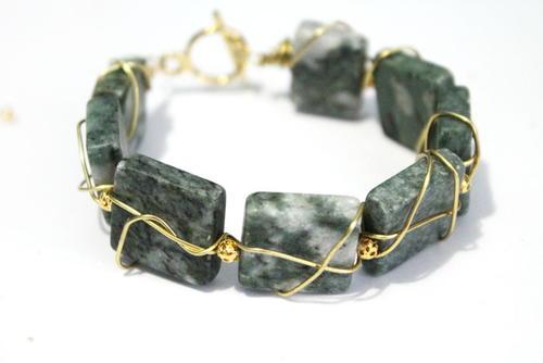 Easy Wire Wrapped Gemstone Bracelet | AllFreeJewelryMaking.com