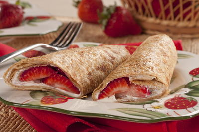 EDR Strawberry and Cream Rollup