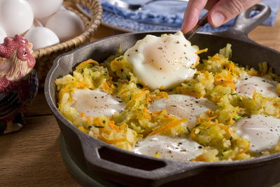Eggs and Hash Brown Skillet
