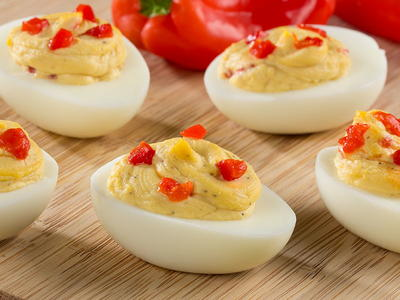 EDR Hummus Deviled Eggs LRG