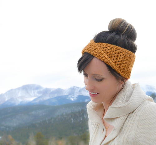 Fave Twist Crochet Headband