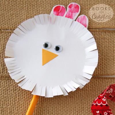 Spinning chicken craft for toddlers preschoolers for Rooster craft for kindergarten