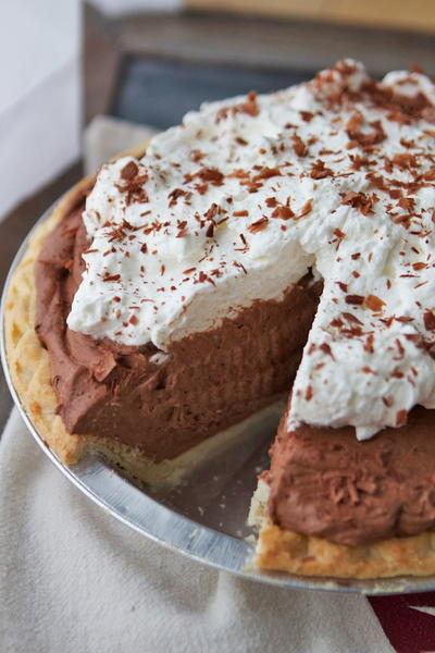 Dreamy Chocolate Mousse Pie