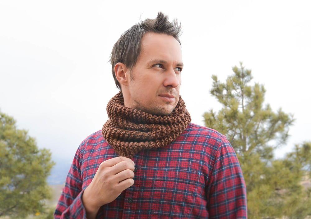 Unisex Knit Cowl Allfreeknitting