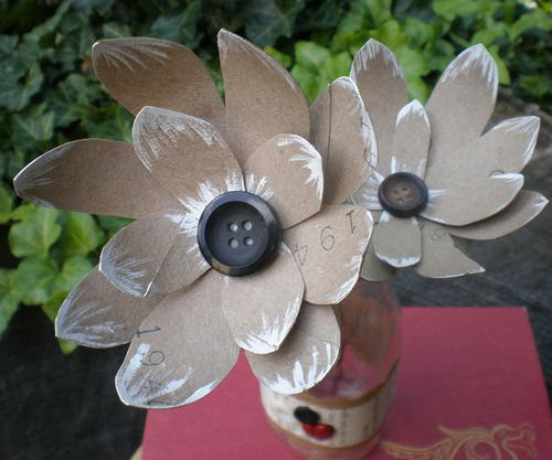 Recycled DIY Paper Flowers | AllFreePaperCrafts.com