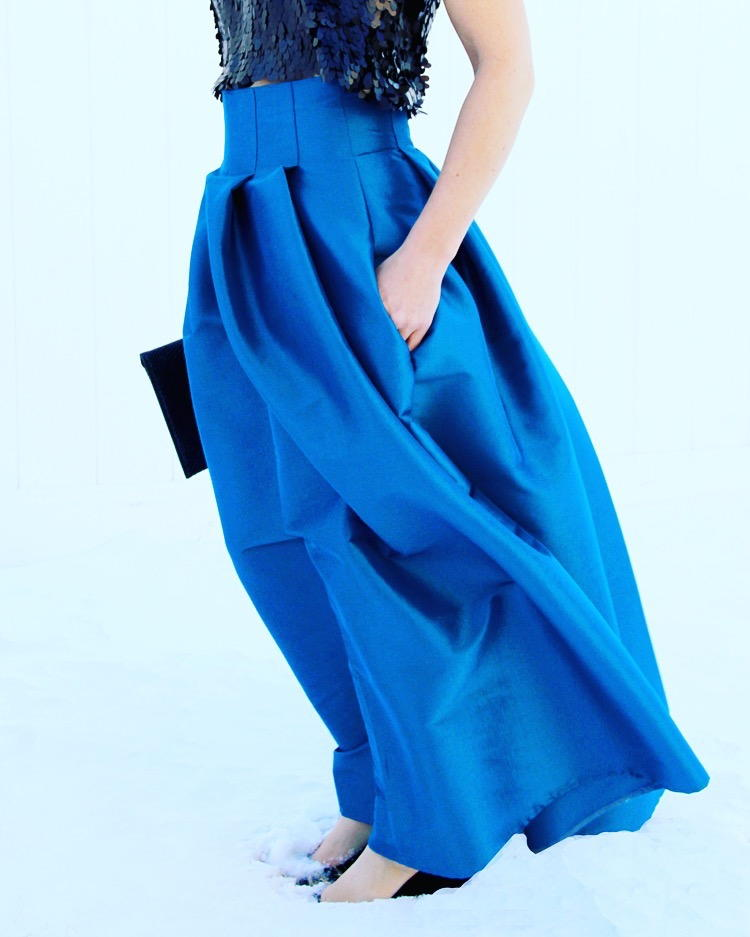 Cool Blue Diy Maxi Skirt Allfreesewing Com