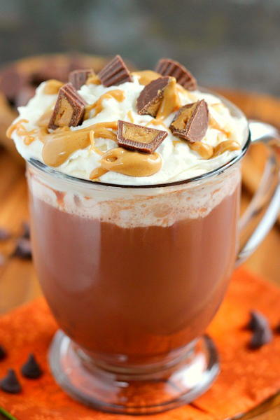 5-Ingredient Peanut Butter Hot Chocolate