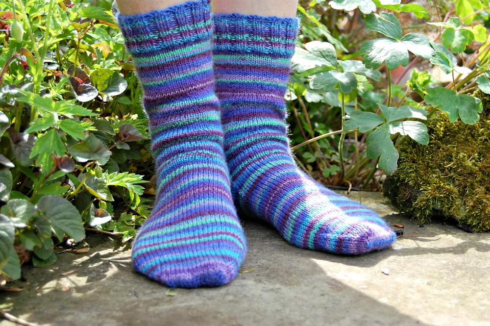 Basic Striped Socks Allfreeknitting