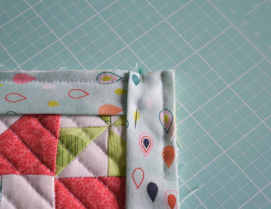 Easy Quilt Binding Tutorial Favequilts Com