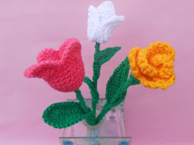 Tulip Crochet Flower Patterns | FaveCrafts.com