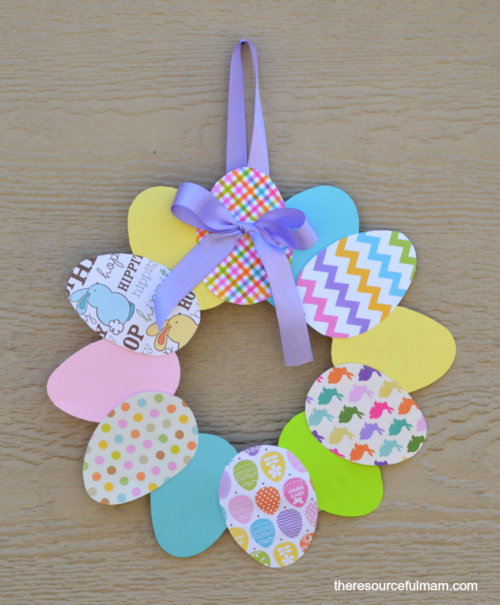 Easy Paper Easter DIY Wreath