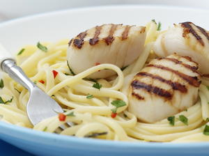 Linguine with Scallops