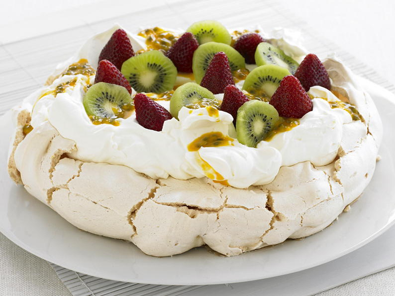Classic pavlova cookstr forumfinder Image collections