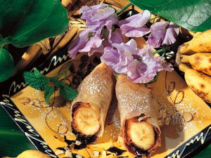 Banana and Chocolate Spring Rolls