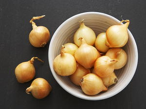 Brown-braised Onions