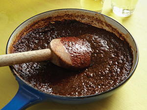 THREE CHILE SALSA BORRACHA