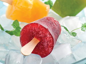 Sweet Cherry and Currant Ice Pops