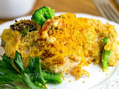 Cracker Barrel Copycat Cheesy Chicken and Broccoli Bake