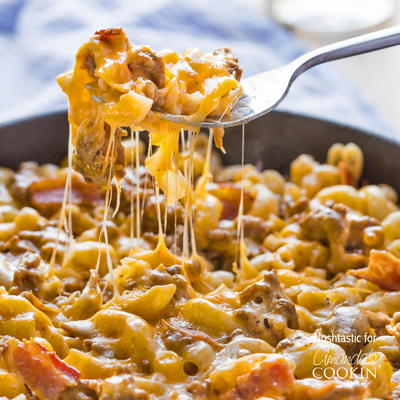 30-Minute Bacon Cheeseburger Pasta Skillet