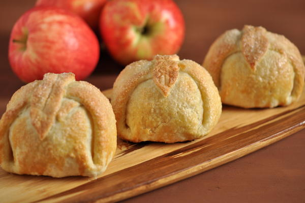 Southern Apple Dumpling Recipe Thebestdessertrecipes Com