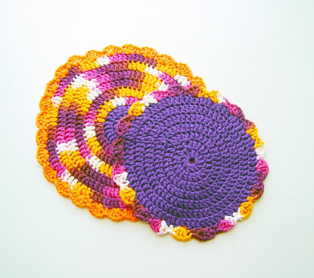 Easy Quick Circular Crochet Flower Dishcloth   AllFreeCrochet.com