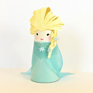 Queen Elsa Paper Tube Doll