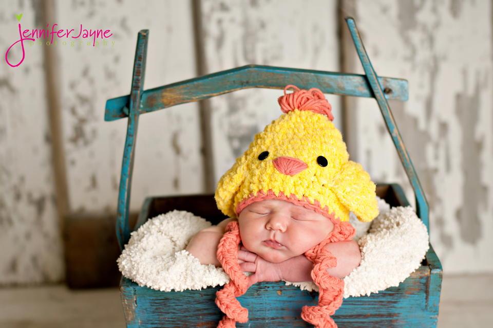 Chicken Hat Crochet Pattern | FaveCrafts.com