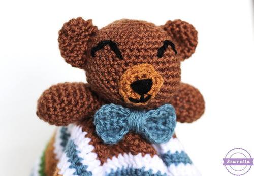Cuddliest Crochet Bear Lovey Allfreecrochet Com
