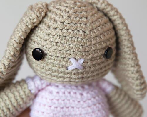 Amigurumi Bunny Pencil Holder : Breanna bunny amigurumi pattern allfreecrochet