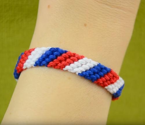 Patriotic Candy Stripe Friendship Bracelet