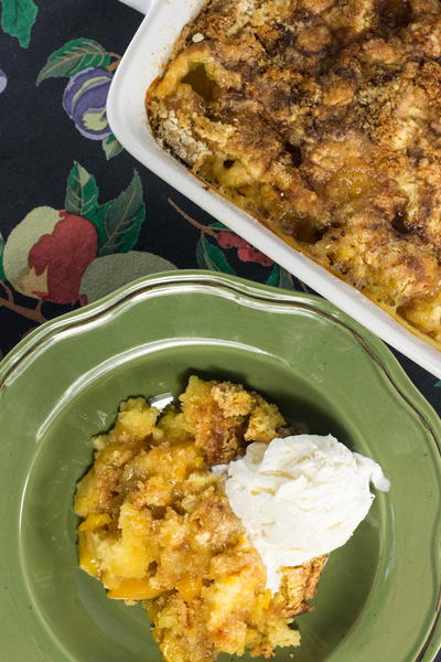 Pleasing Peach Cobbler Dump Cake