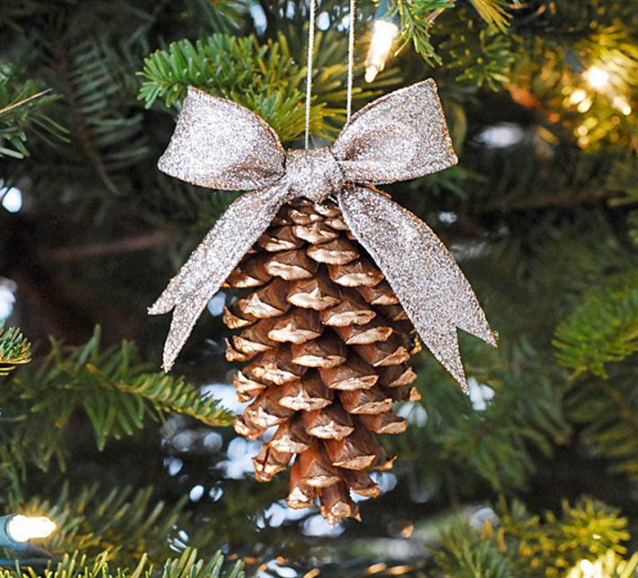 gold tipped pinecone ornament - How To Decorate Pine Cones For Christmas Ornaments