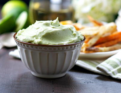 Moms Fast 2 Minute Avocado Dip