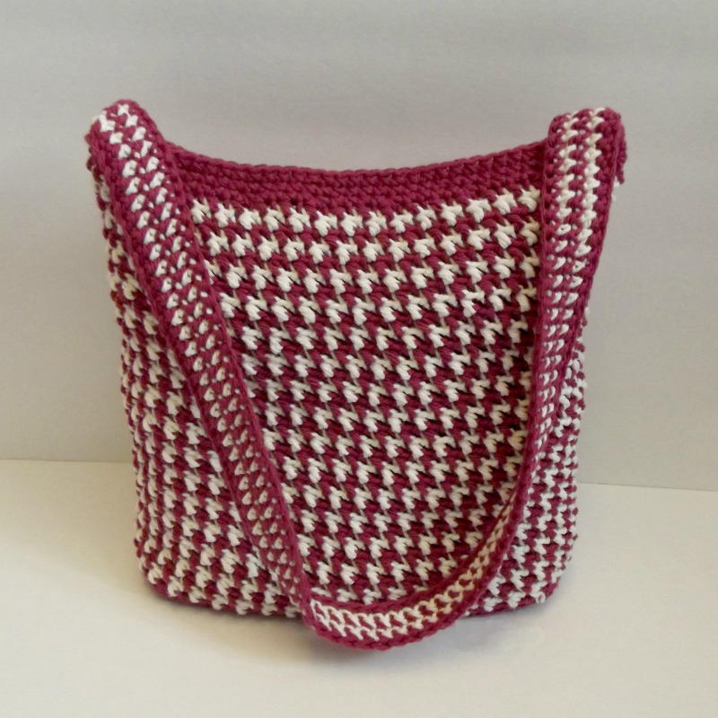 Crochet Net Bag Pattern Free : Alternating Crochet Bag FaveCrafts.com