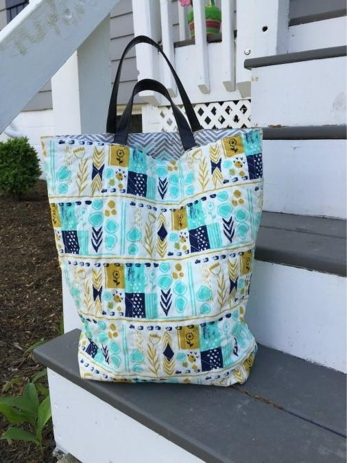 Quilted DIY Tote Bag | FaveCrafts.com : how to make quilted tote bags - Adamdwight.com